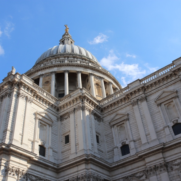 An image of St Paul's Cathedral in London, UK.